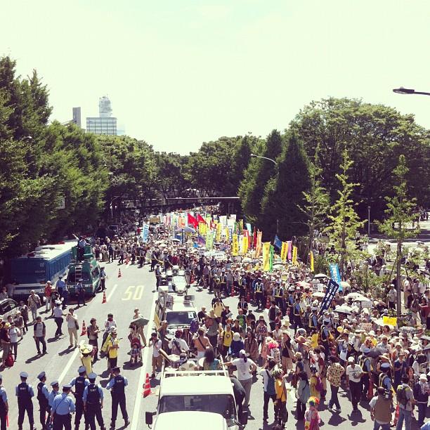 さようなら原発10万人集会 デモ行進